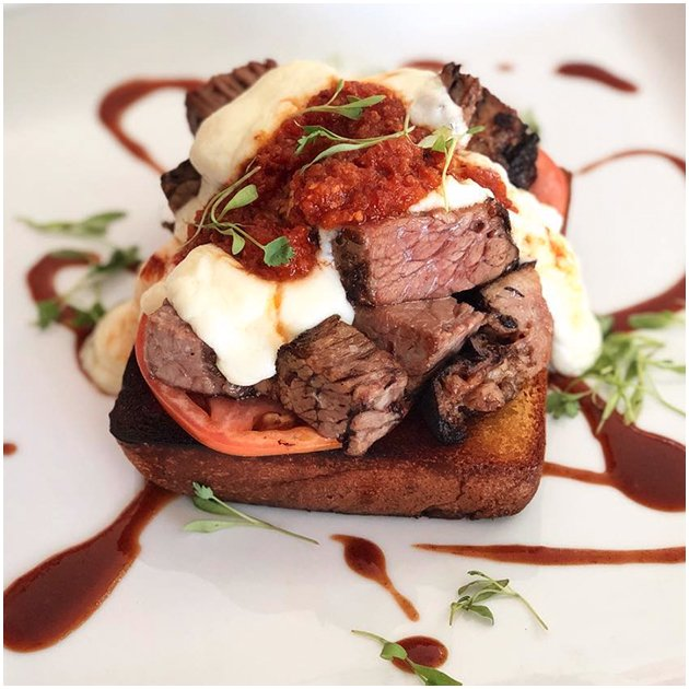 Beef dish served on bread