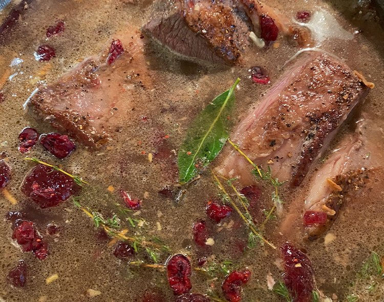 Cranberry-Braised Beef Ribs